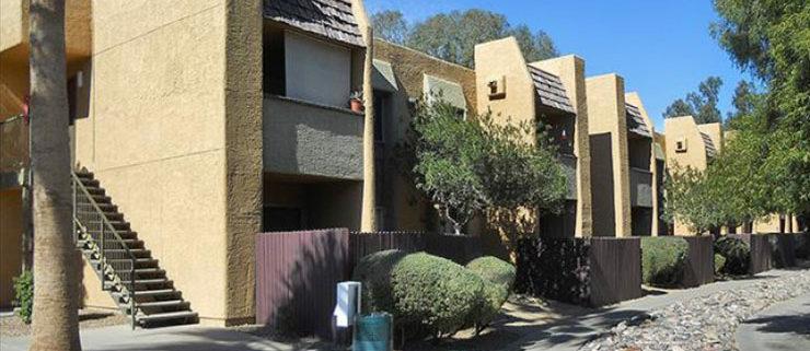 Waterfront Apartments - Phoenix, AZ